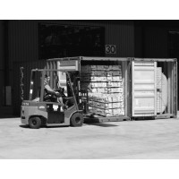 Place to reload / load / unload containers, trucks, vans
